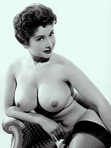 Vintage ladies with massive natural breasts posing nude