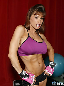 Big titted mature babe seduces her new personal trainer