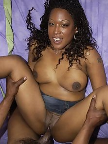 Horny ebony babe sucks cock and gets fucked