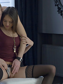 She embraces her passion with every move she makes to make this afternoon smoking hot for her man.