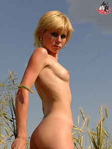 Blond hair and skinny body make this eagle-eyed girl the hottest thing youve imagined.