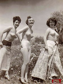 Brunette Vintage Babes Undressed and Posing Their Goods by The Pond