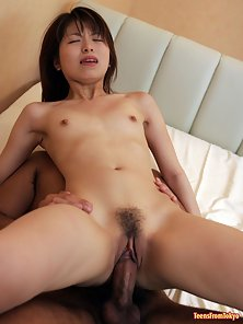 Japanese schoolgirl stuffed and receives a sticky creampie