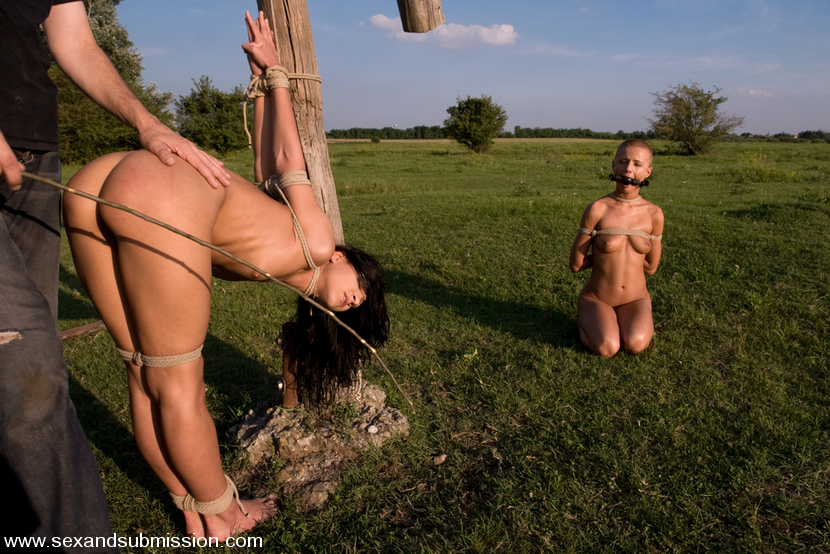 naked-alaska-sex-slave-farm