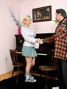 Young cutie banging the old senior pianoteacher hardcore