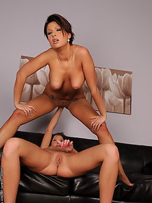 Hot Kissy fisting Shila Lees tight and wet pussy
