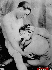 Ladies from the thirties sucking some mean cock at home
