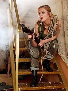Army chick with sexy round curves loves an anal pounding