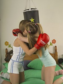 Gorgeous teen lesbians workout heavy in bed