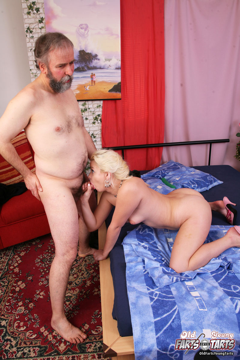 Brother and sister masturbate together