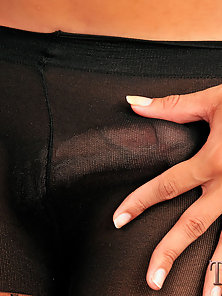 Hardcore shemale pantyhose sex action
