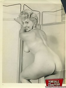 Vintage blonde and naked women posing sexy pictures retro