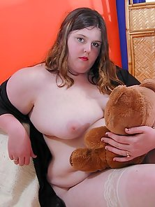 Fat Cute Teen Posing Nude with her Teddy Bear