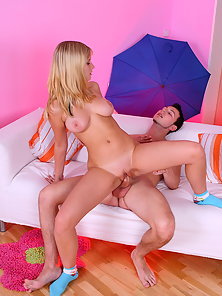 Agata and Andrejon hot video