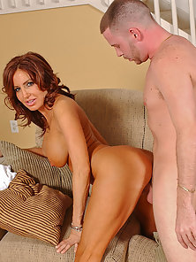 Tara Holiday Loves To Ride Premium Meat