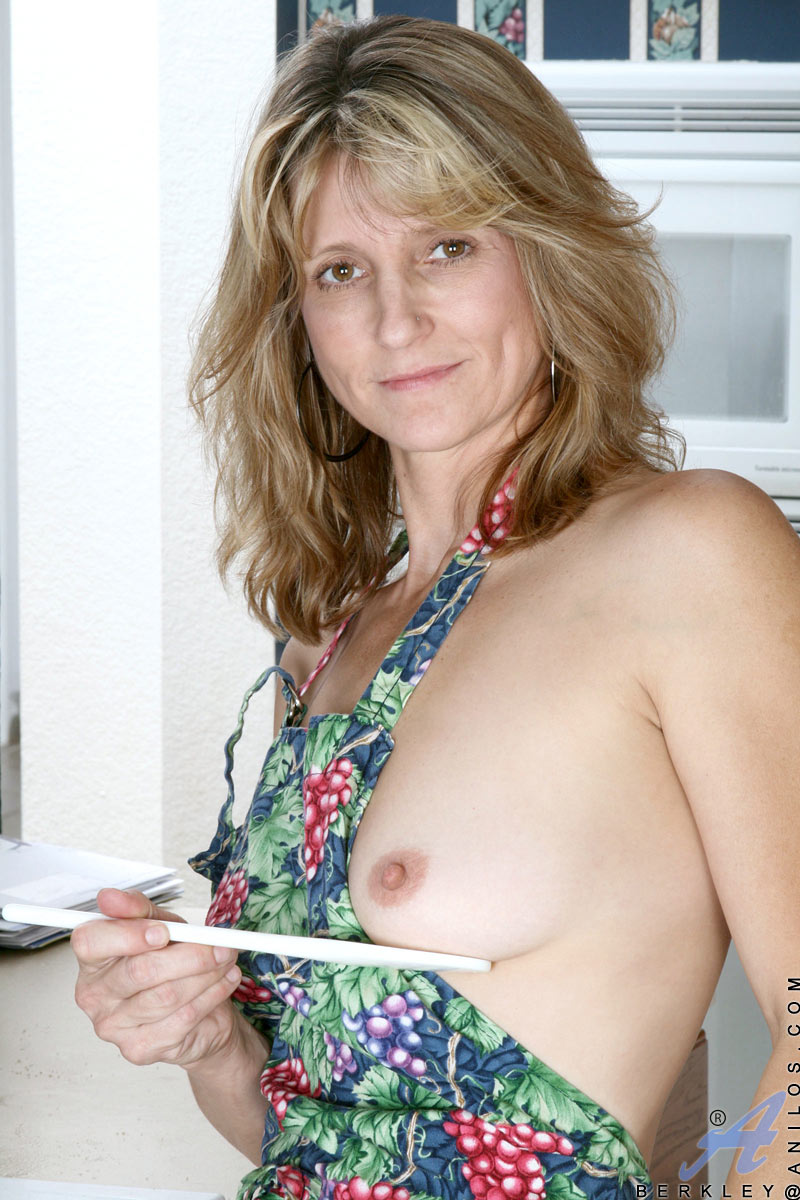 her-sweet-pussy-cooking