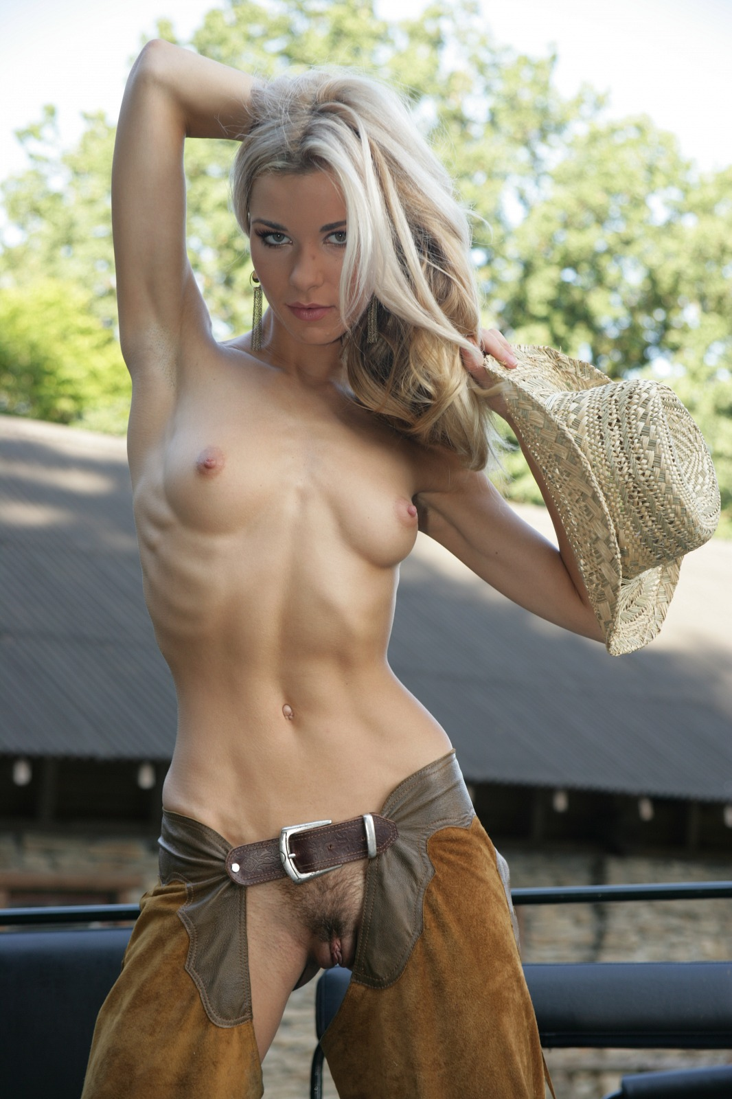 check out this hot naked cowgirl - movie shark