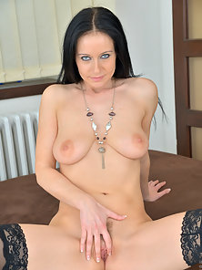 Cock hungry mom next door rubs her twat until she cums