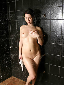 Attractive Brunette Babe in Bathroom Flaunt Lusty Wet Shape
