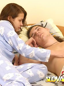 Long Hair Babe Giving Headjob to Her Hubby on Bed
