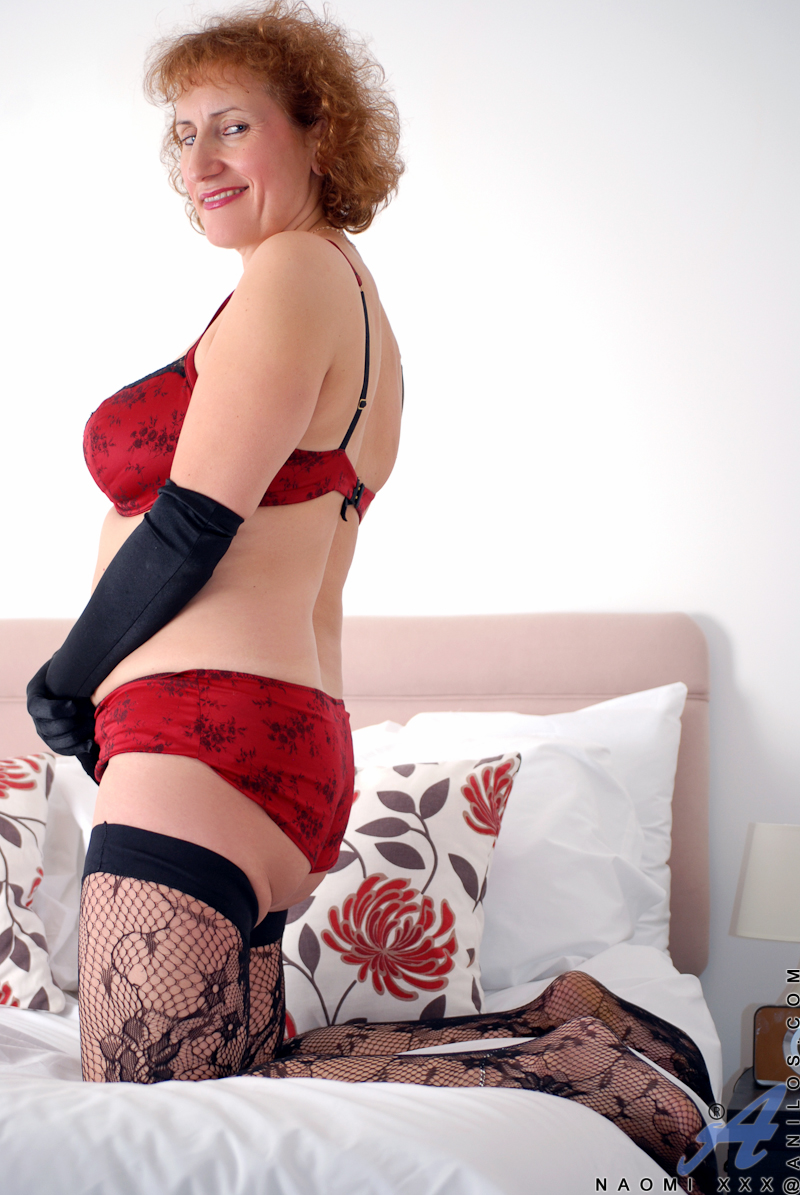 Curly Redhead Milf Posing In Her Sexy Devil Red Lingerie -3674