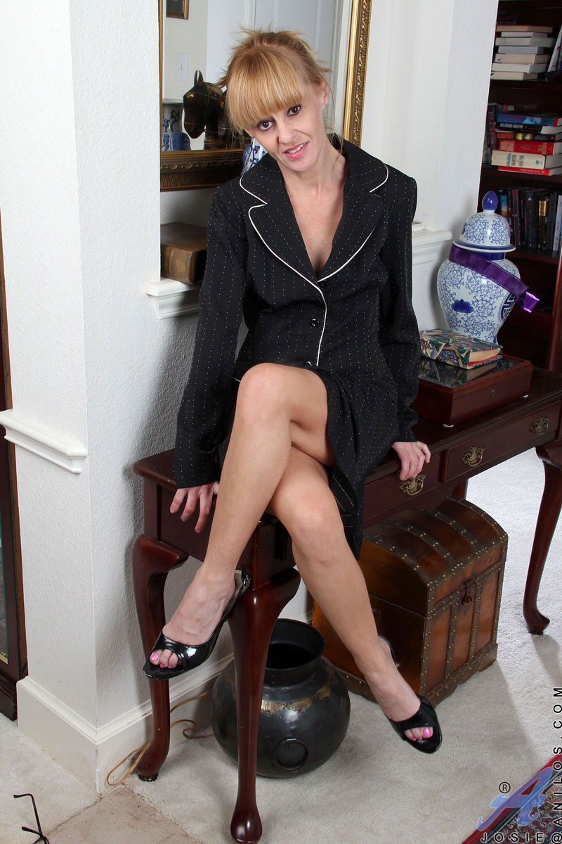 sexy woman in suit porn
