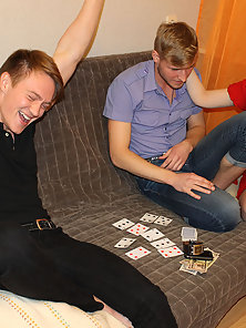 Wife Pays Husband Debt For The Game In The Poker Porn Pics