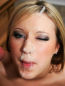 Blonde cutie takes a full creaming all over her face