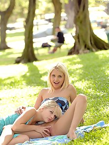 Horny Blonde Lesbian Babes Showing Off
