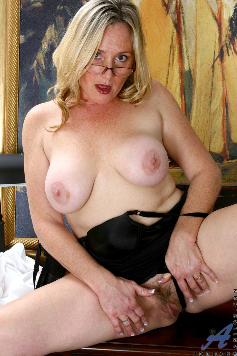 mature sexy mom jordan pops out her massive tits after a hectic day