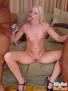 Messy interracial facial with white girl