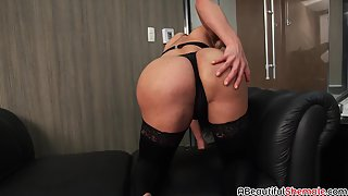 Big boobs shemale Amanda Ferreira taking BBC bareback