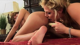 Round Boobs Beauties Licked Their Wet Pussies in Bathroom