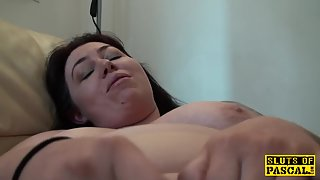 Brit bigbitch masturbating for stranger