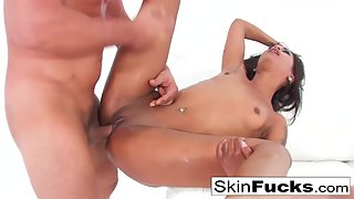 Hottest Whore Skin Diamond Takes Big Dick of Her Guy in Tight Pussy