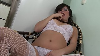 Dazzling Whore Enjoys in Masturbation